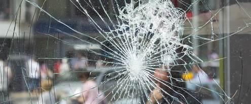 Glasschade in het raam